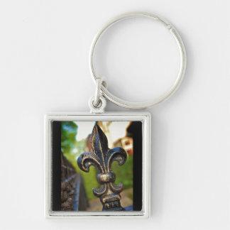 Schwarzes u. Gold (Lilie) [Keychain] Silberfarbener Quadratischer Schlüsselanhänger