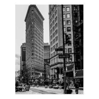 Schwarzes u. weißes Flatiron Gebäude-Foto in NYC Postkarte