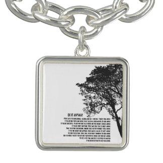 Schwarzweiss-Baum tun es irgendwie Armband