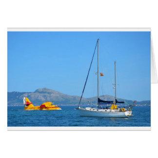 Seeflugzeug und Yacht Grußkarte