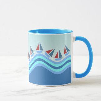 Segelboote und Wellen Tasse