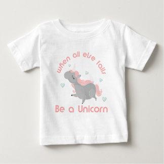 Seien Sie ein Einhorn Baby T-shirt