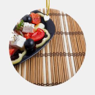 Seitenansicht des griechischen vegetarischen rundes keramik ornament