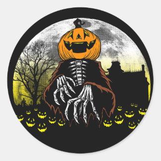 Sie erschrocken Halloween-Aufkleber Runder Aufkleber