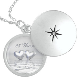 Silberne Jahrestags-Herzen Anhänger