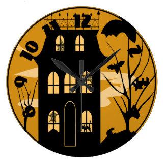 Silhouette-Halloween-Haus-Uhr Große Wanduhr