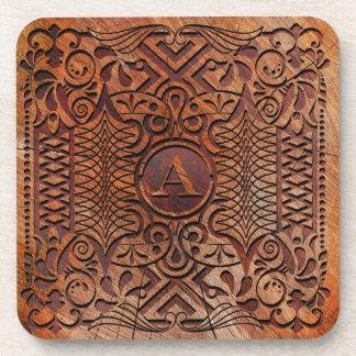 Simuliertes Holz, das Monogramm A-Z ID446 schnitzt Getränkeuntersetzer