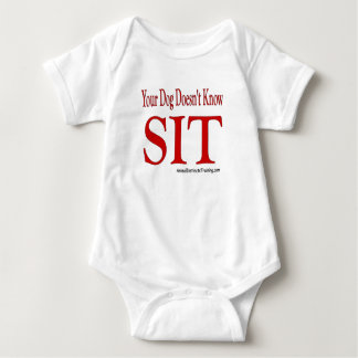sitzen Sie Baby Strampler
