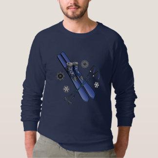 Skis, Stiefel, Polen und Schneeflocken Sweatshirt