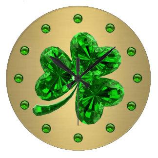 SmaragdKleeblatt 1 Uhr
