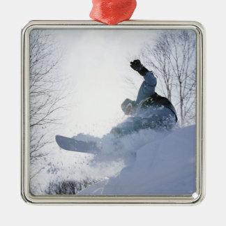 Snowboarding 13 quadratisches silberfarbenes ornament