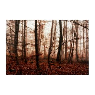 Snowless Wald des drastischen roten nebeligen Acryl Wandkunst