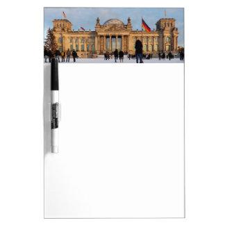 Snowy Reichstag_001.03 (Reichstag im Schnee) Memoboards