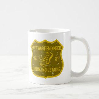 Software Engineer trinkende Liga Kaffeetasse