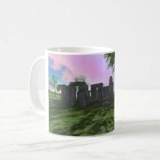 Sonnenaufgang-Anbetung Stonehenge 11oz klassische Tasse