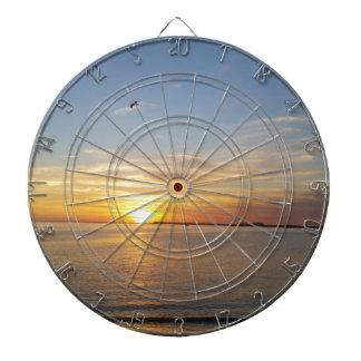 Sonnenuntergang auf Danksagung Dart-scheibe