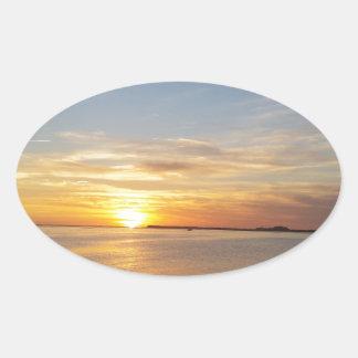 Sonnenuntergang auf Danksagung Ovaler Aufkleber