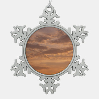 Sonnenuntergang bewölkt abstrakte schneeflocken Zinn-Ornament