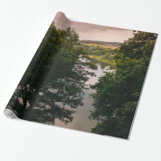 Sonnenuntergang-Forestsee-Landschaftsphotographie Geschenkpapier