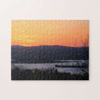 Sonnenuntergang über einem kanadischen puzzle
