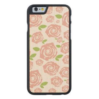 sowohl elegant als auch verspielt carved® iPhone 6 hülle ahorn