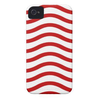 Spaß-rote und weiße gewellte Linien iPhone 4 Case-Mate Hülle