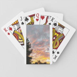Spielkarten des bewölkten Sonnenuntergangs