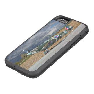 Spitfire unter Sturm-Wolken Tough Xtreme iPhone 6 Hülle