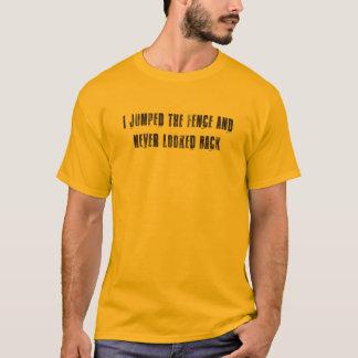 Sprang den Zaun - V1 T-Shirt