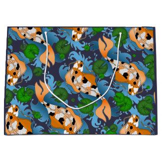 Spritzen der asiatischen Koi Fisch-Teich-Lilie Große Geschenktüte