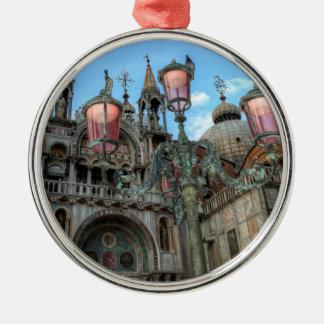 St. Kennzeichen und Lampe, Venedig, Italien Silbernes Ornament