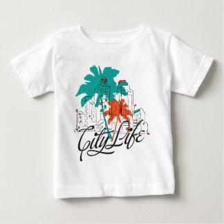 Stadt-Leben - grafische Stadt mit Palmen Baby T-shirt