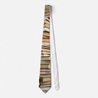 Stapel der Buch-Krawatte Krawatten