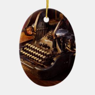 Steampunk - Oliver Schreibmaschine Ovales Keramik Ornament