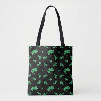Steigungs-grünes irisches Kleeblatt-Muster