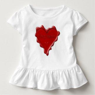 Stephanie. Rotes Herzwachs-Siegel mit Kleinkind T-shirt