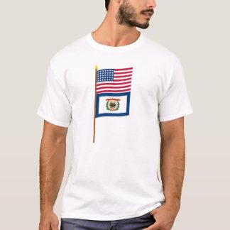 Sternflagge US 35 auf Pfosten mit West Virginia T-Shirt