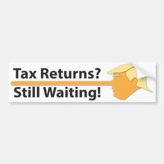 Steuererklärungen? Wartete noch! (auf Weiß) Autoaufkleber