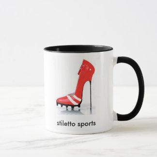 Stilett trägt rote Bügel-Tasse zur Schau Tasse