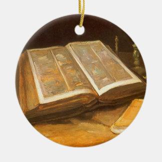 Stillleben mit Bibel durch Vincent van Gogh Rundes Keramik Ornament