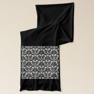 Stilvoller Schal mit Schwarzweiss-Muster