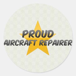 Stolzer Flugzeug-Reparaturhauer Runder Aufkleber