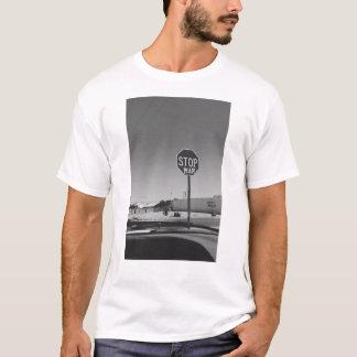 Stoppen Sie Kriegs-Endzeichen-T - Shirt
