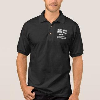Stoß-Spritze medizinisch Poloshirt