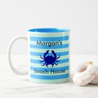 Strand-Haus-blaue Krabben-personalisierte Zweifarbige Tasse