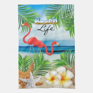 Strand-Leben mit rosa Flamingos Geschirrtuch