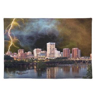 Stürmische Richmond-Skyline Tischset