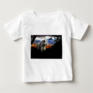 Südafrika-Löwe im Dschungel Baby T-shirt
