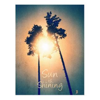 Sun ist glänzend postkarte