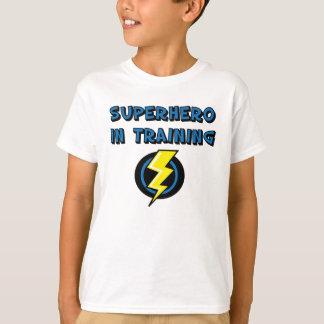 Superheld im Training T-Shirt